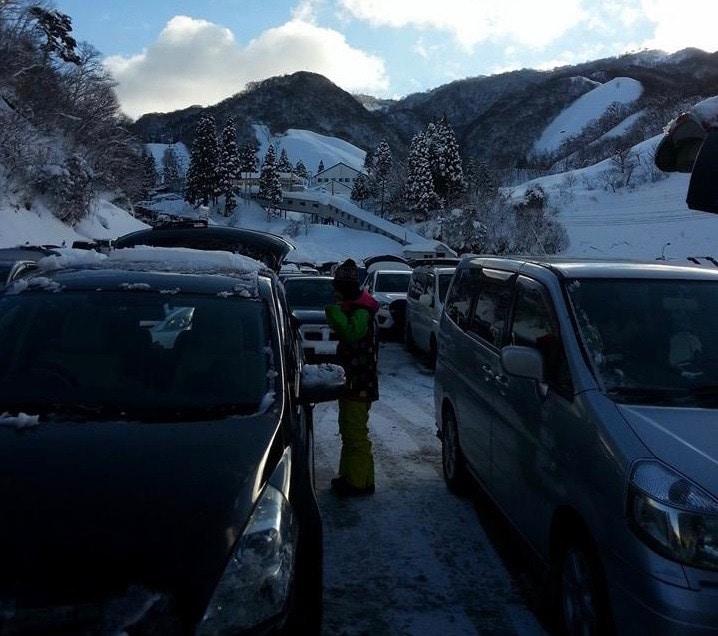 奥伊吹スキー場の駐車場